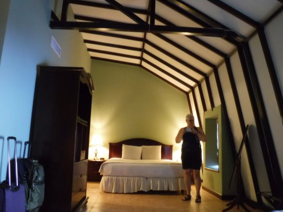 Hotel DeVille: Beds, extremely comfy