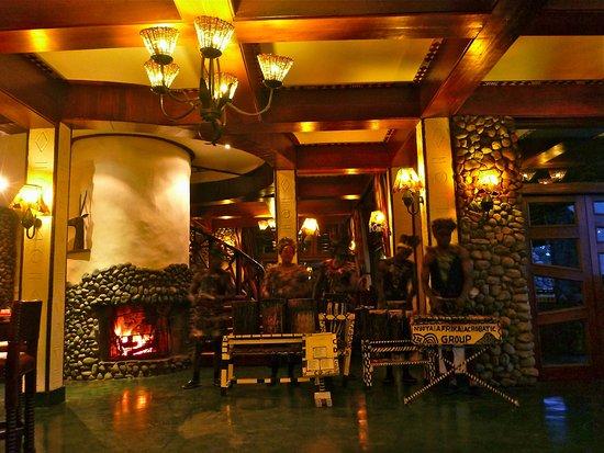 andBeyond Ngorongoro Crater Lodge: Nightly Entertainment!