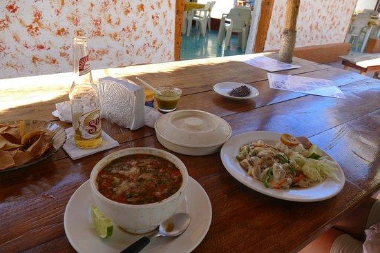 El Cuyo, Meksyk: posiłek