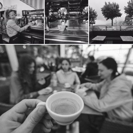 Omegna, Italy: Novembre • Scaldiamoci con un caffè?