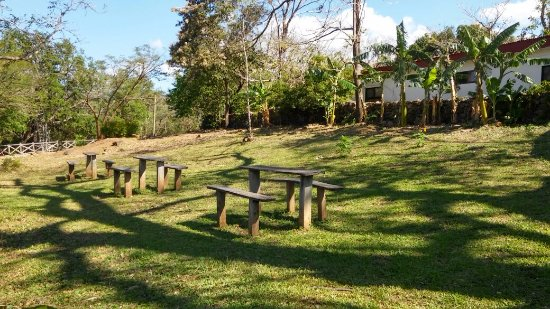 Hacienda Guachipelin: Some tables to rest