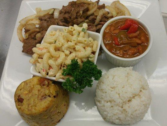 bistec encebollado arroz blanco habichuelas rojas ensalada de rh tripadvisor co za