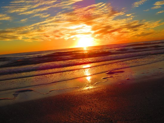 North Redington Beach: Watching the sunset from the beach of the Doubletree