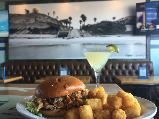 Solana Beach, Kaliforniya: Pillbox Tavern & Grill