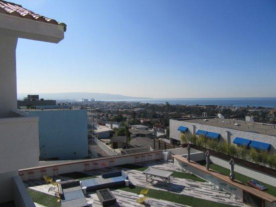 Hermosa Beach, CA: View from the balcony!