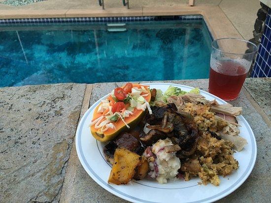 Kona Seaspray: Yummy Thanksgiving dinner in front of me...