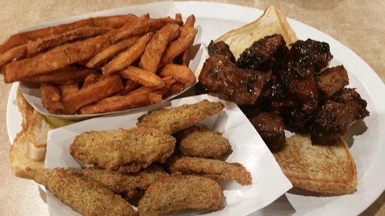 Oklahoma Joe's BBQ : Burnt end dinner!