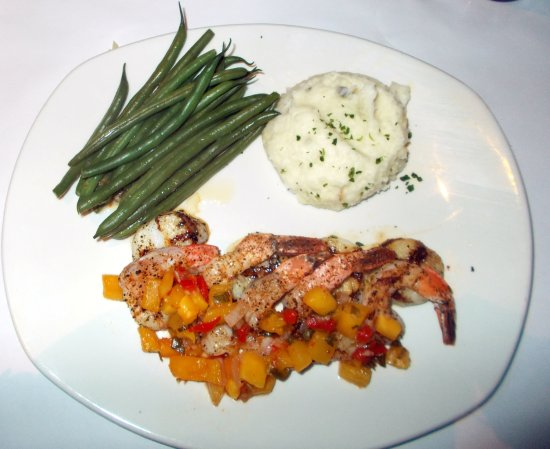 Bonefish Grill: Shrimp and scallops
