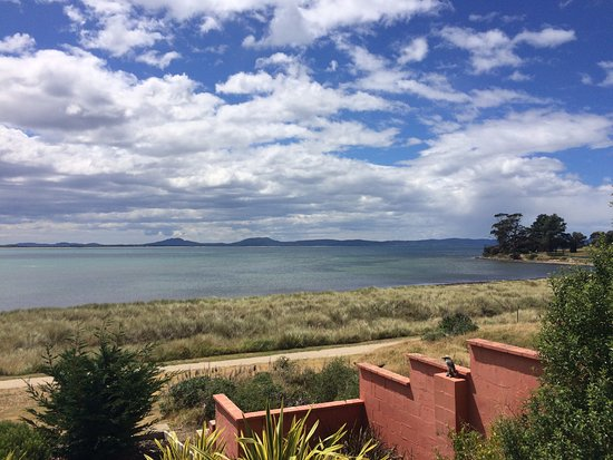 Swansea, Austrália: Views of the water from motel room