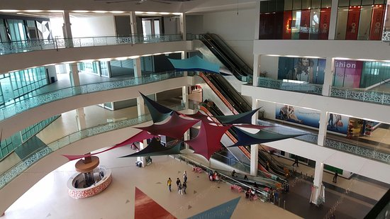 Star Avenue Lifestyle Mall