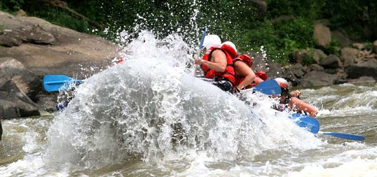 Mount Nebo, Batı Virjinya: Whitewater rafting on the New River