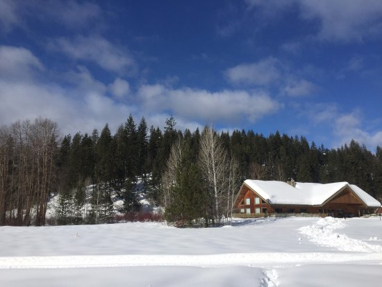 Leavenworth, WA: A view of the lodge from the sleigh