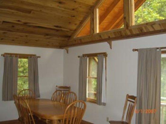 Mount Nebo, WV: Wood Ceilings