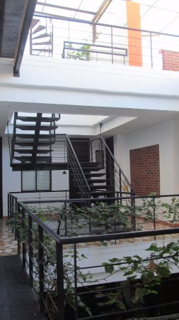 Perfect La Calzada Del Santo: 2nd Floor Stairs Up To The 3rd Floor And Roof Top