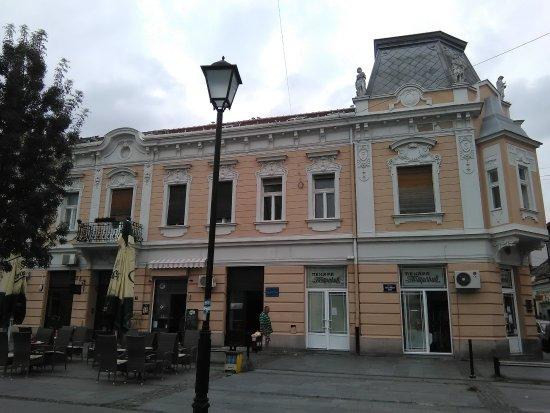 Magistrate in Zemun: Center square