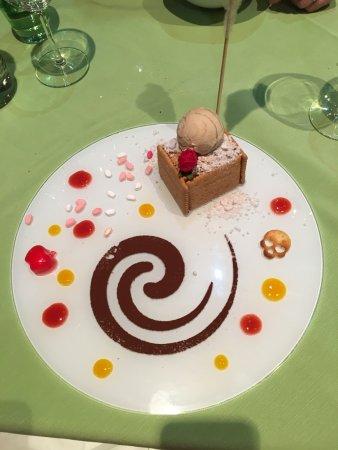"Pétange, Lussemburgo: Dessert ""Petit beurre""... Plein de surprises."