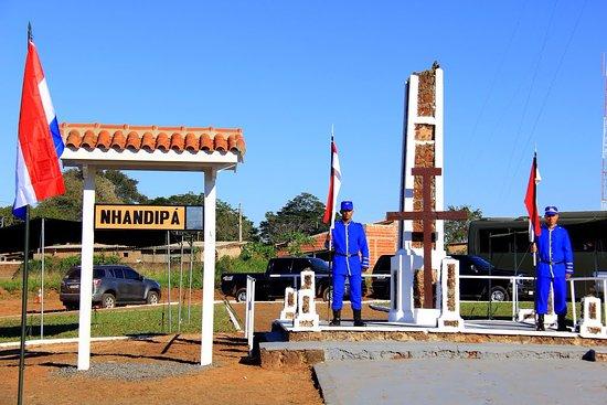 Bela Vista, MS: Monumento em dia de comemoração: 11 de maio