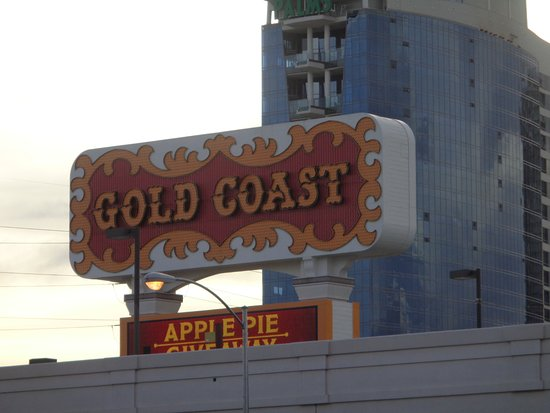 Casino at the Gold Coast: Front sign