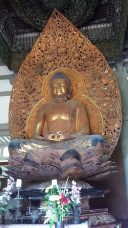Kaneohe, ฮาวาย: Giant Buddha in the Temple