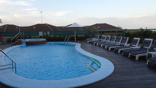 Куги, Австралия: Pool and Gym Area