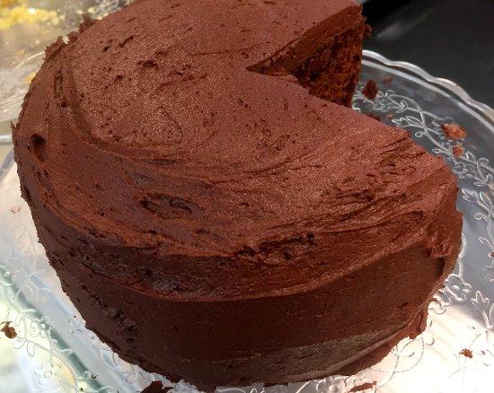 Colwall, UK: Chocolate cake