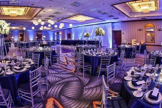 Alsip, IL: Ballroom
