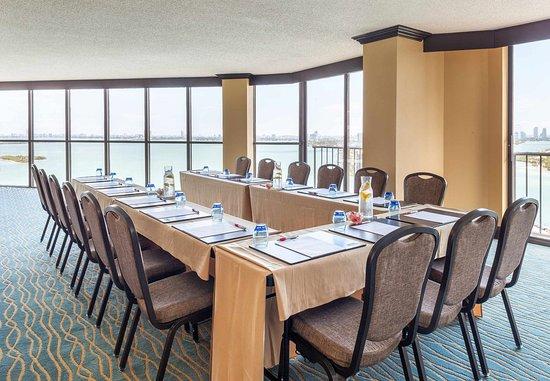 Miami Marriott Biscayne Bay: Brickell Suite