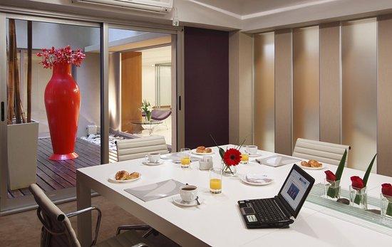 Aspen Suites Hotel: Meeting Room