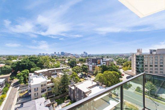 Rosehill, Australia: Views Towards The West Overlooking Parramatta