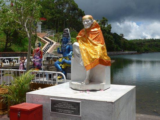 Ganga Talao - Grand Bassin: BOUDHA