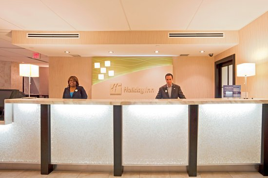 Miami Springs, FL: Front Desk