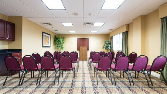 Holiday Inn Express Columbia I-26 at Harbison Boulevard: Spacious meeting room - perfect for small groups and meetings