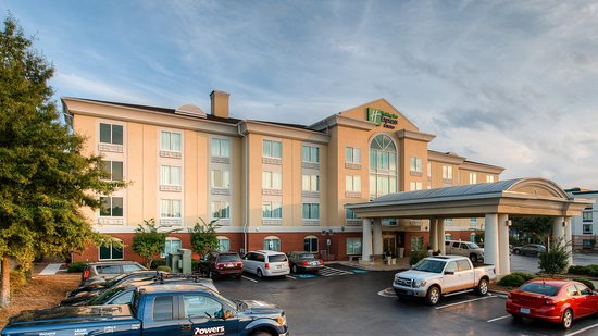 Holiday Inn Express Columbia I-26 at Harbison Boulevard: Holiday Inn Express & Suites - Columbia Harbison