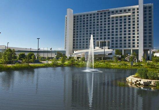 Renaissance Schaumburg Convention Center Hotel: Exterior