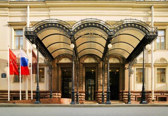 Renaissance St. Petersburg Baltic Hotel