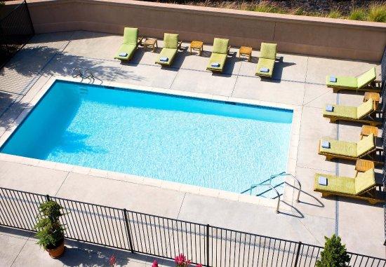 Novato, CA: Outdoor Pool
