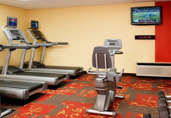Oakbrook Terrace, IL: Fitness Center