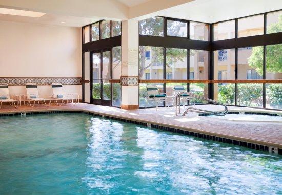 San Bruno, CA: Indoor Pool