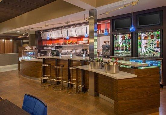 Marietta, GA: The Bistro    Bar