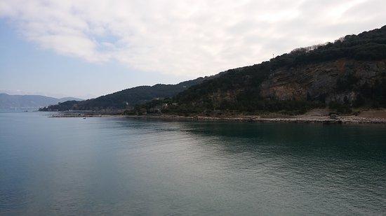 Isola Palmaria: L'isola vista da Porto Venere