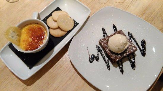 Hebden Bridge, UK: Desserts: Lemon crème brûlée and chocolate brownie