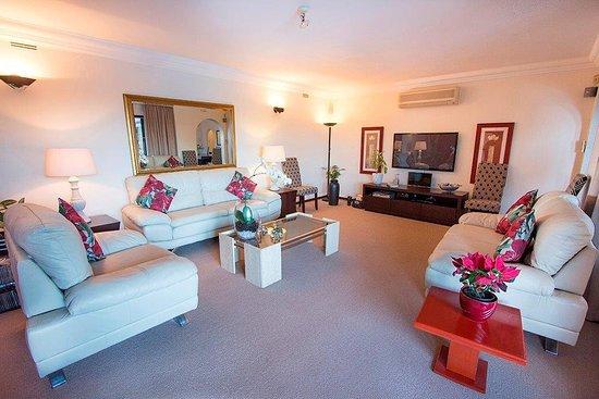 La-Lucia, Sydafrika: Lounge facilities with Full DSTV