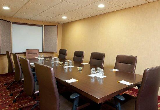 Elmhurst, IL: Boardroom