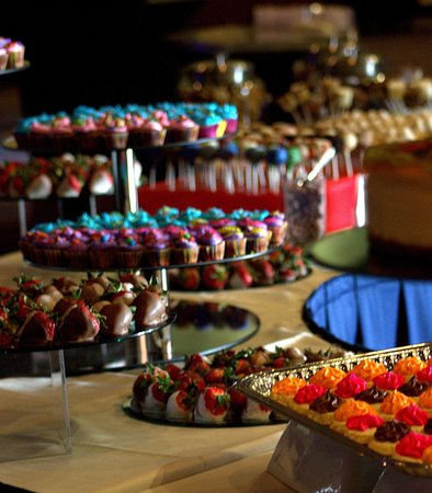 Moorhead, MN: Wedding - Catering Assorted Desserts