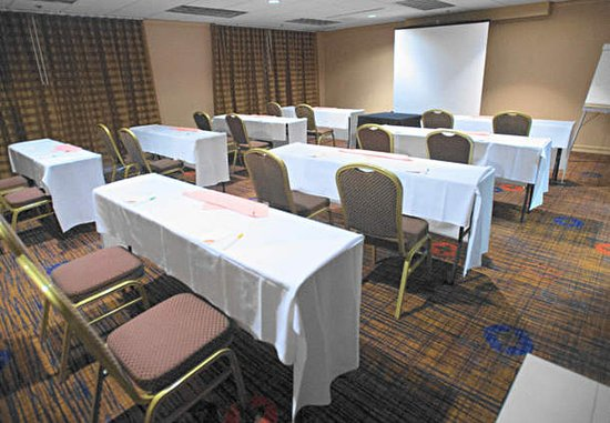 Baldwin Park, CA: Tower Meeting Room