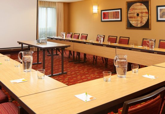 Lebanon, NJ: Meeting Room