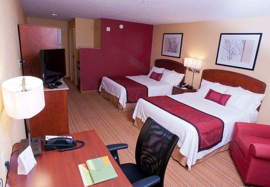 Middlebury, VT: Queen/Queen Guest Room