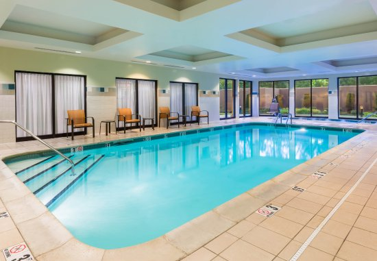 Lincoln, RI: Indoor Pool