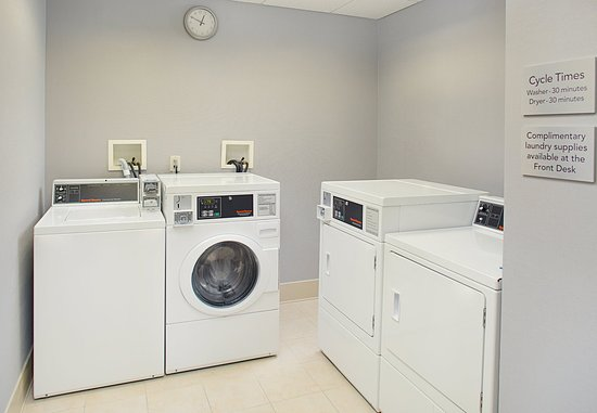Montvale, Nueva Jersey: Guest Laundry