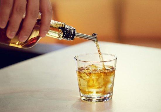 Courtyard Miami Dadeland: Liquor